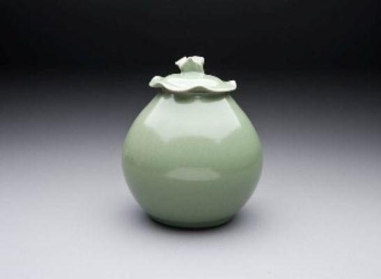 lidded-jar potterry class sample